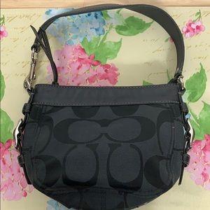 Authentic Coach black small purse G0926-F41856